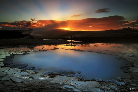 23. 温泉(アイスランド)