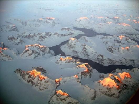 15. グリーンランドの日の出(グリーンランド)